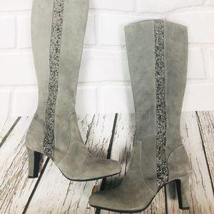 Alex Marie gray suede boots 2in heel